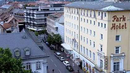 Das vom Parkhotel geprägte Ensemble der Rudolf-Breitscheid-Straße sollte nach Ansicht der Heimatpfleger nicht durch moderne Architektur zerstört werden.