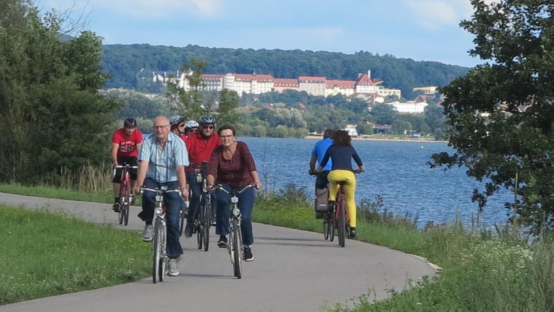 Bei der diesjährigen Aktion Stadtradeln gab es in Gunzenhausen einen neuen Teilnehmerrekord. Ein beliebtes Ziel bei Einheimischen wie Urlaubern gleichermaßen ist dabei der Weg rund um den Altmühlsee.