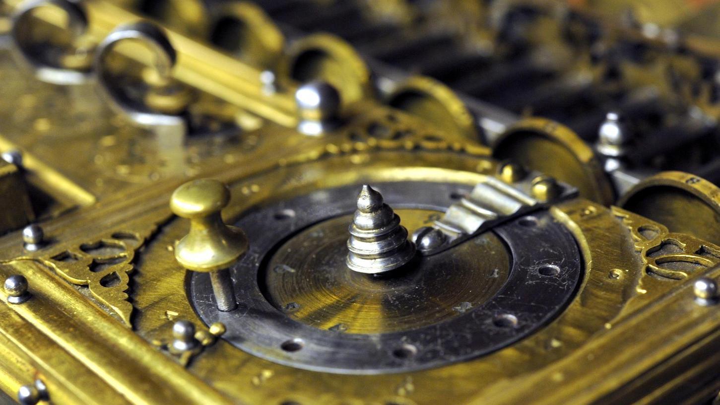 Die originale Rechenmaschine des Mathematikers Gottfried Wilhelm Leibniz steht in Hannover im Museum.
