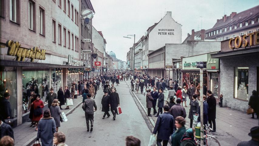 Damit kann sich hierzulande auch nicht jede Stadt brüsten: Nürnberg besitzt eine der ältesten Fußgängerzonen in Deutschland.