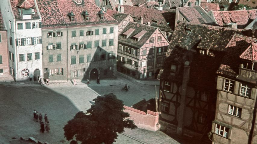 Die Sebalder Altstadt, hier der Blick von der Burgfreiung auf die Straße Am Ölberg. Das Foto wird auf das Jahr 1938 datiert.