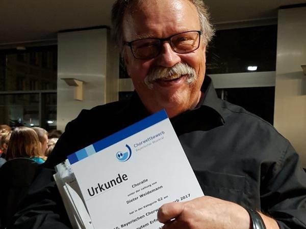 Dieter Weidemann kann erneut stolz auf seine erfolgreiche Chorgemeinschaft sein.