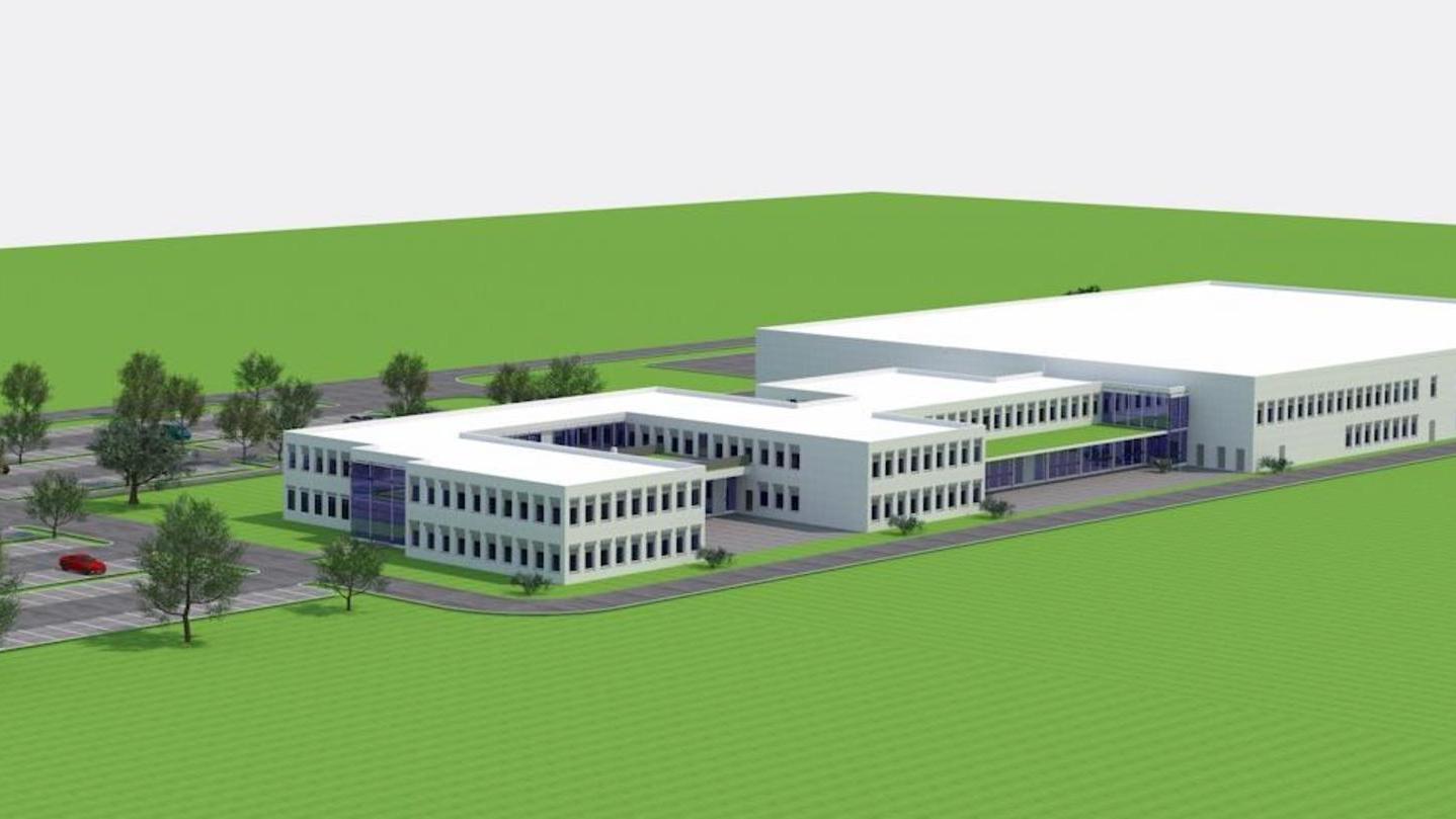 Blick in die nahe Zukunft: Auf dem geplanten Gewerbegebiet bei Auerbach soll es Schlag auf Schlag gehen. Der Zeitplan für den Cherry-Neubau ist ambitioniert, weil die Zeit drängt.