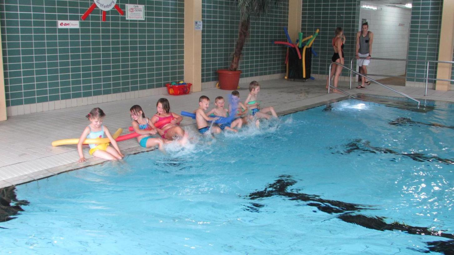 Im Gräfenberger Hallenbad könnten auf absehbare Zeit keine Schwimmgäste mehr aus Schulen des Nachbarlandkreises ERH ihre Bahnen ziehen, wenn die Schwimmstätten-Pläne des Schulausschusses für Eckental verwirklicht werden.
