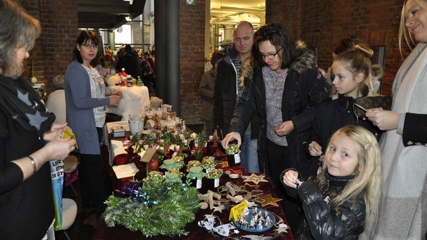 Awo-Weihnachtsmarkt 26.11.2017 Kulturfabrik Roth Foto: Detlef Gsänger
