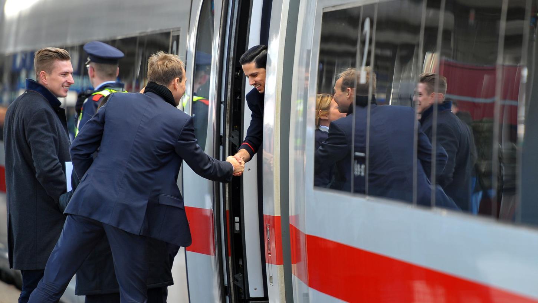 Im Bamberger Hauptbahnhof musste der ICE-Sprinter nach der Panne außerplanmäßig halten und gestresste Reisende entlassen.