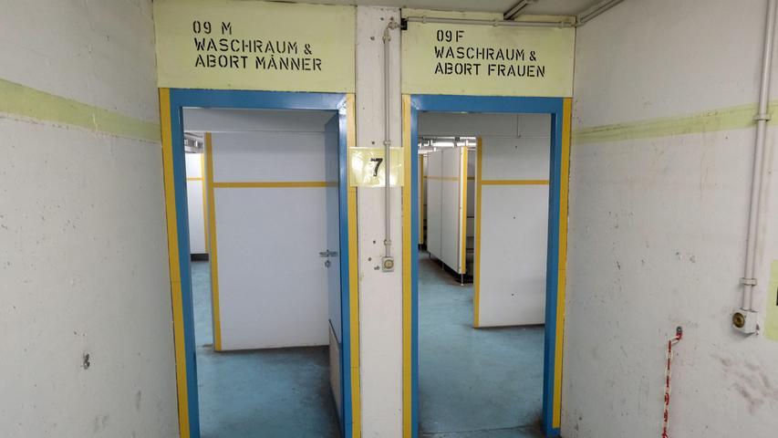 Motiv: Förderverein Nürnberger Felsengänge e.V. lädt ein zur Presseführung in den Bahnhofsbunker .. ....Datum: 28.12.2017.. ..Fotograf: Roland Fengler....Ressort: Lokales ....Exklusiv