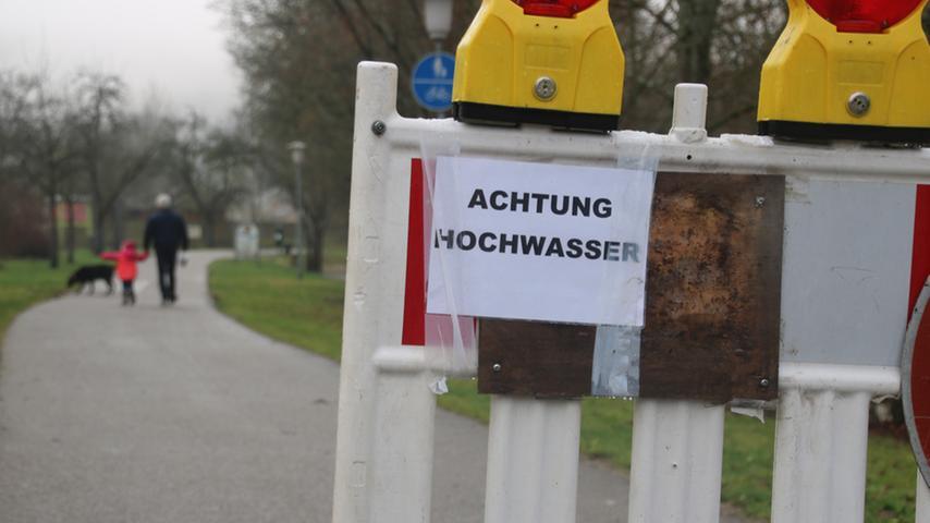 Sperrungen wegen des Hochwassers in Pappenheim.