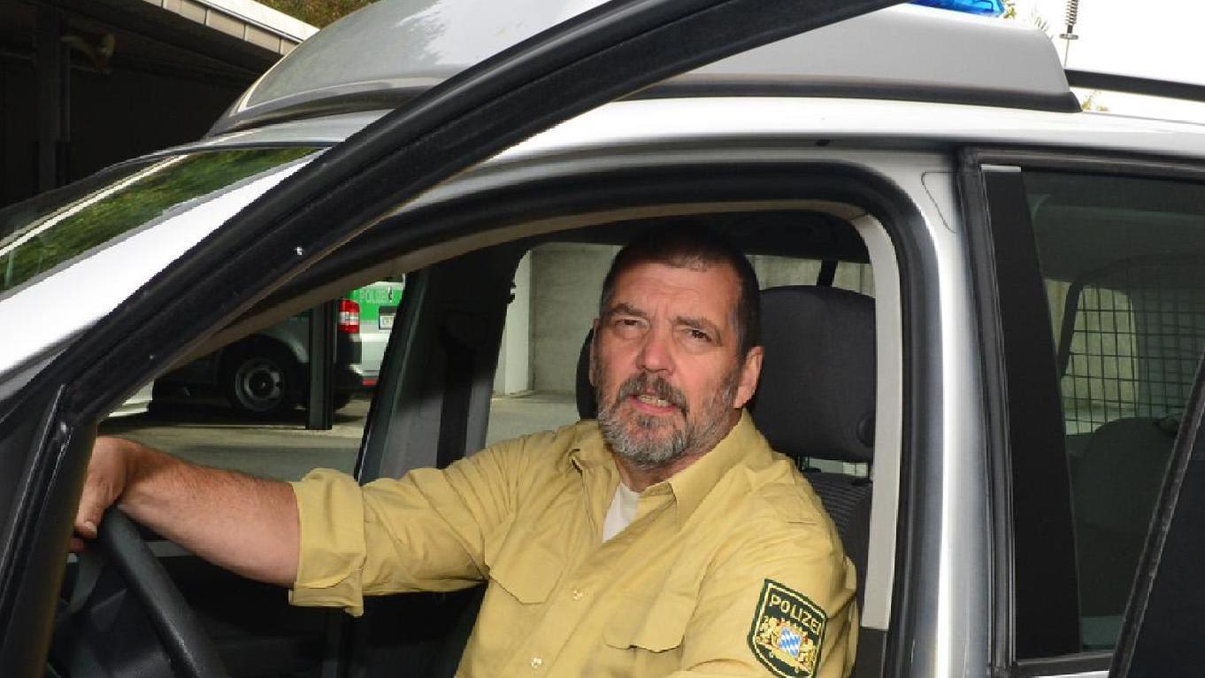 Polizeioberkommissar Helmut Wening ist seit 1976 im Polizeidienst und arbeitet in Uttenreuth.
