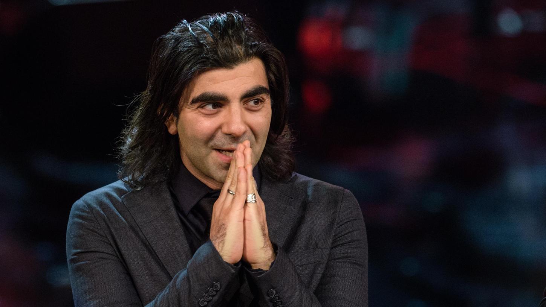 Fatih Akin bedankte sich im Prinzregententheater in München bei der Verleihung des 39. Bayerischen Filmpreises für seine Auszeichnung als Regisseur von