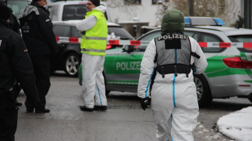 Vermisstes Ehepaar aus Schnaittach. Polizei nimmt Sohn des Ehepaars und Frau fest. Ermittler gehen von Tötungsdelikt aus.