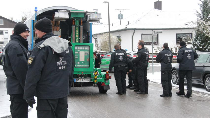 Polizei - Polizeieinsatz in Schnaittach - Vermisstes Ehepaar aus Schnaittach. Sohn und Ehefrau festgenommen.