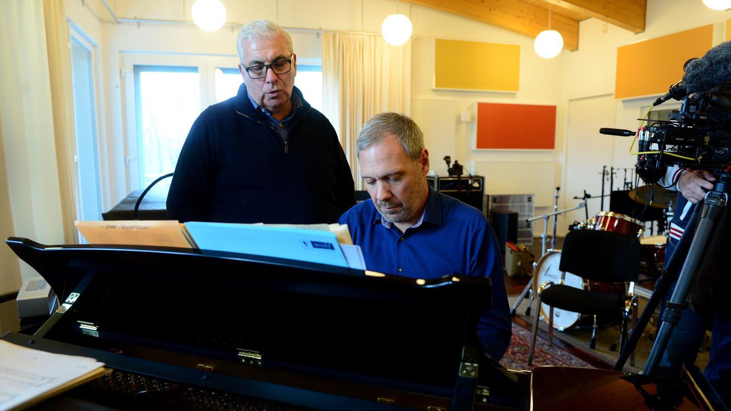 Mitch Winehouse (links) probte mit Thilo Wolf in dessen Wavehouse Studios in Fürth.