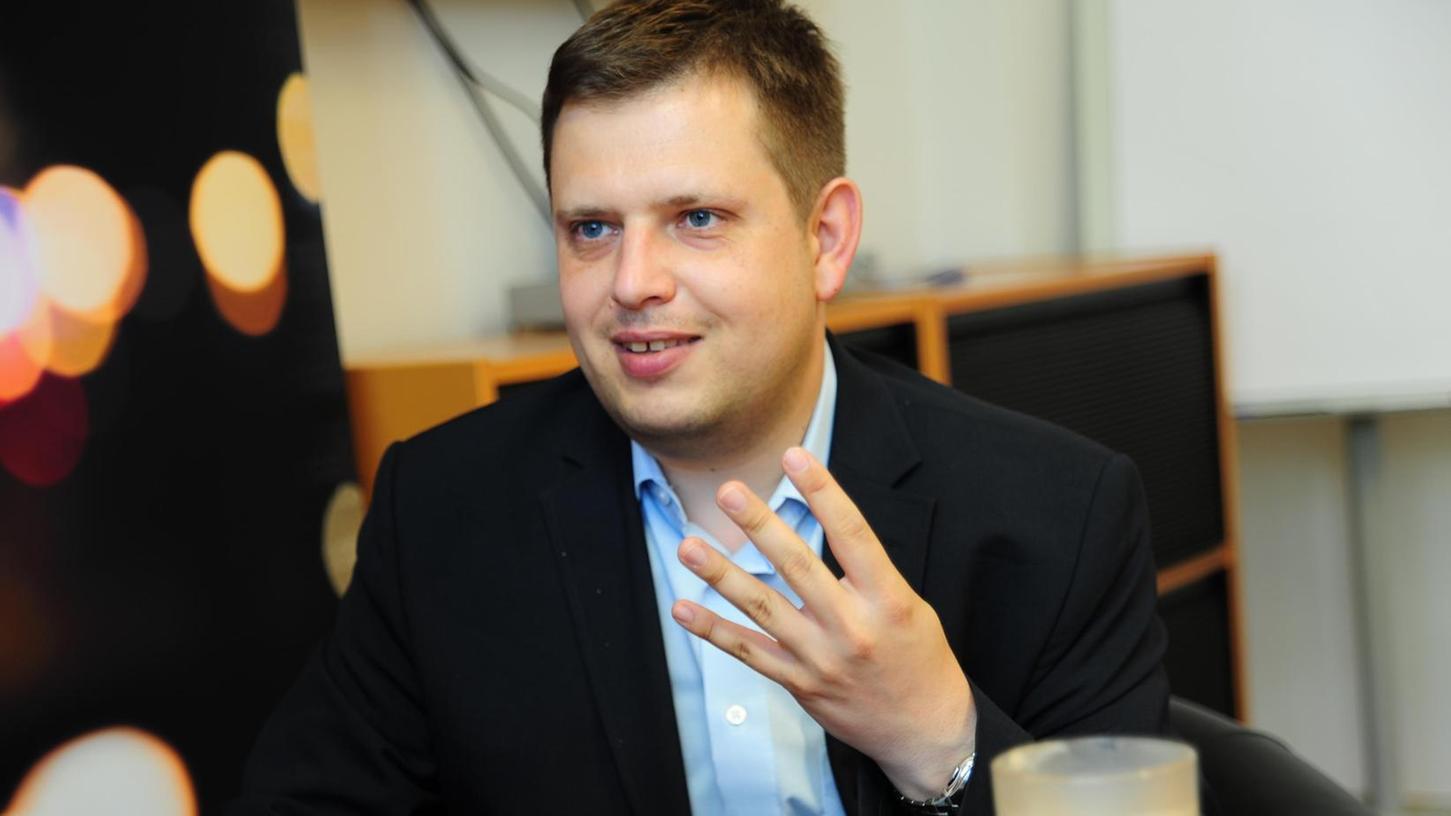 """Prof. Markus Kaiser war Redakteur bei der NZ, dann Geschäftsführer des MedienCampus Bayern. Als Professor für Journalismus lehrt er an der Technischen Hochschule Nürnberg und ist Herausgeber der Bücher """"Innovation in den Medien"""" (München 2015, 2. Aufl.) und """"Transforming Media"""" (München 2017)."""