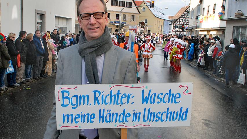 MOTIV: Faschingszug Neunkirchen..RESSORT: Lokales Erlangen..FOTO: Erlangen 13.02.2018, Harald Hofmann..