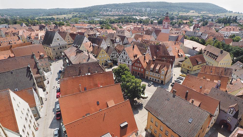 Liebens- und lebenswert - mit diesen zwei Worten lässt sich Weißenburg-Gunzenhausen wohl ganztreffend umschreiben. Gleichwohl gibt es im Landkreis noch Potenzial, das gehoben werden will, wie die Zukunftstalks im Rahmen des Entwicklungsprozesses Altmühlfranken 2030 gezeigt haben.