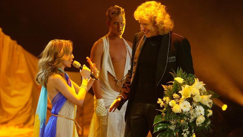 ...die australische Sängerin Kylie Minogue,...