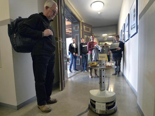 Der mobile Roboter, den der