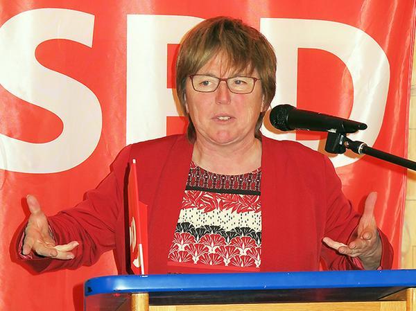 Bei der Rede von Ilona Deckwerth blieb kein Auge trocken.
