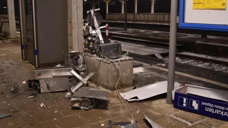 Am Wochenende kam es in Eichstätt und Neuhof an der Zenn zu zwei Sprengungen von Fahrkartenautomaten.