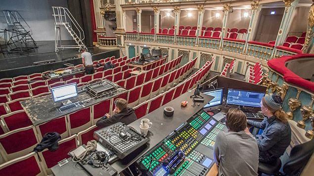 Das Pult für die Technik im Markgrafentheater.