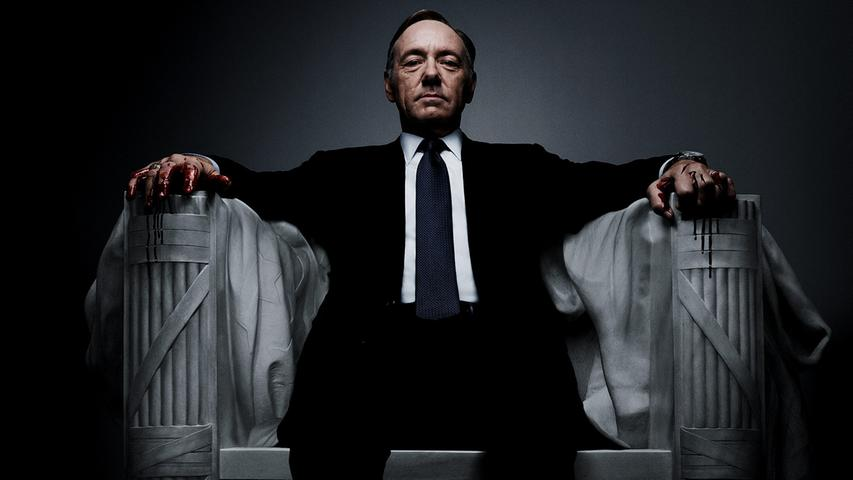 Netflix' erster großer Hit zählt immer noch zu den qualitativ wertvollsten – und ist aktueller als jemals zuvor. Ein skrupelloser Machtmensch beherrscht die USA und geht dafür über Leichen. Damit wir uns nicht falsch verstehen: Wir reden von