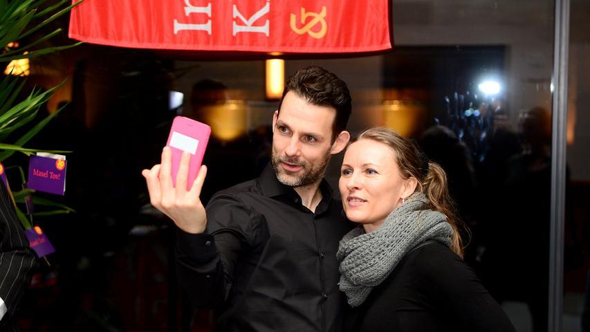 Bereits zum 16. Mal findet in Fürth das Internationale Klezmer Festival statt. Selfie mit Schlagzeuger und Tanzmeister Guy Shalom.