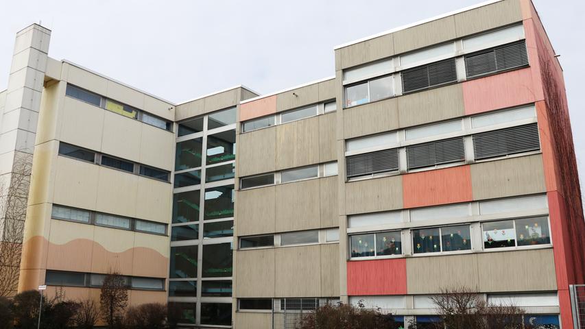 An der Billroth-Schule im Stadtteil Mögeldorf lernen aktuell rund 280 Schüler. Auch diese Einrichtung trägt den Titel