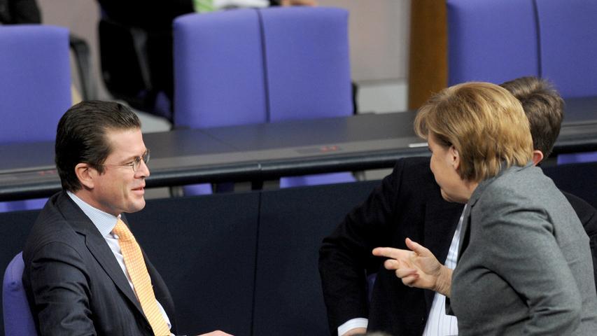 Merkel und ihre Minister: Ein Kommen und Gehen