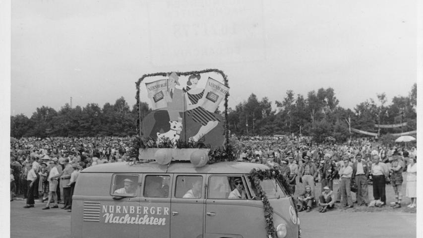 Schnell entwickelt sich die NN zu einer wichtigen Größe in der Region, die überall präsent ist - wie hier beim Norisringrennen in den 50er Jahren.