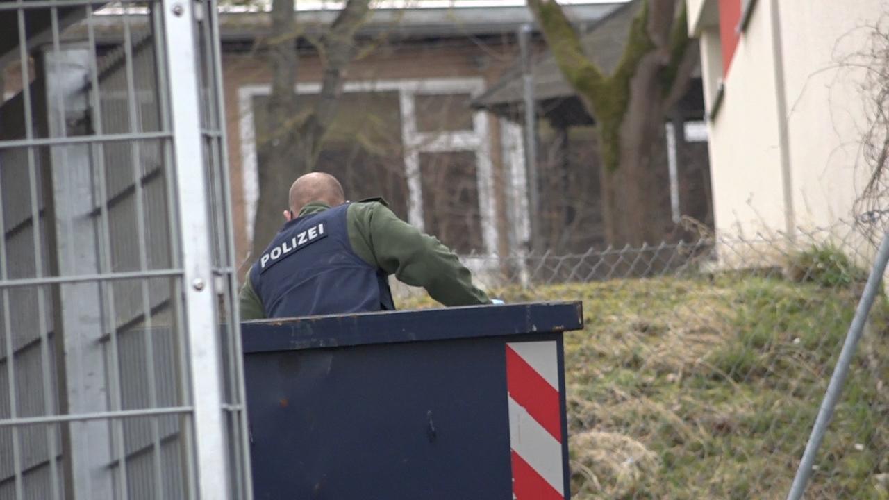 Ein Großaufgebot der Polizei - darunter auch Spezialeinsatzkräfte - sind in Schweinfurt im Einsatz.