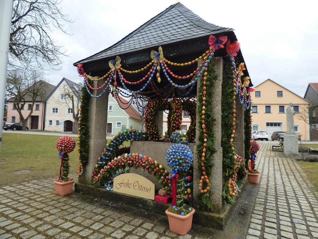Osterbrunnen in Waischenfeld 790 und 91 und Hollfeld.