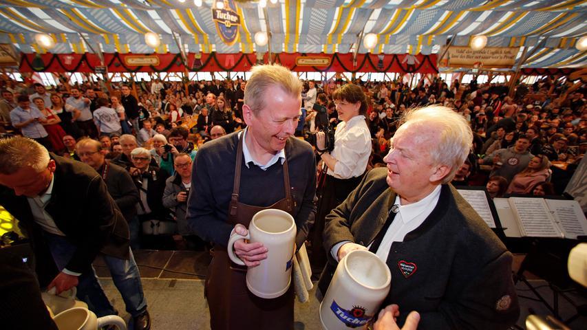 Angstochn is! Nürnberger Volksfest mit drei Schlägen eröffnet