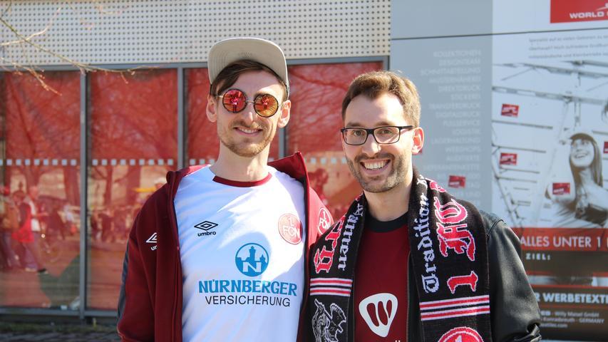 Marco Hofmann (29,rechts) merkte den Club-Spielern die Motivation durch die Ishak-Rückkehr sofort an.
