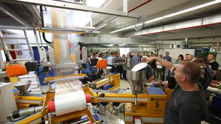 Der weltweite Produzent von Spezialfolien mit Deutschlandsitz in Forchheim hat vor Ort 650 Mitarbeiter, weltweit etwa 800. Die Infiana Group stellt Folien für den Konsumgütermarkt und industrielle Anwendungen her.