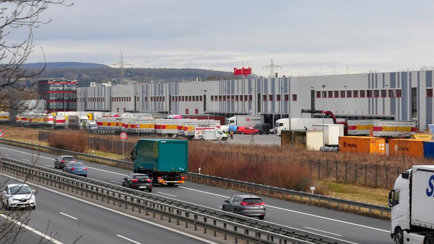 Der Namensgeber gründete 1920 in Karlsruhe ein Möbeltransportunternehmen, das in den kommenden Jahren stetig wuchs. Inzwischen ist der Logistiker ein