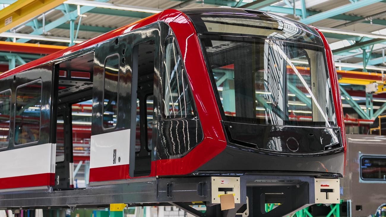 Die Front der neuen Züge, die auf der Linie 1 eingesetzt werden sollen, soll dynamischer wirken, sagt die VAG.