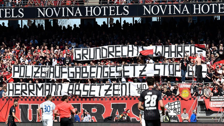 Dieses Transparent entrollten Fans in der Nürnberger Nordkurve vor gut zwei Wochen.