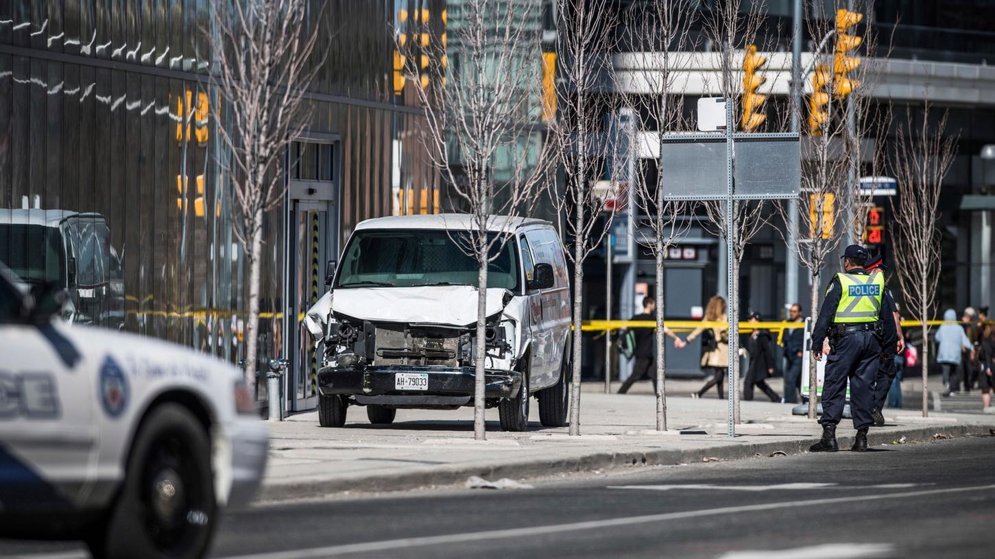 Mit diesem Lieferwagen tötete am 23. April 2018 der 25-jährige IT-Student Alek Minassian zehn Menschen und verletzte 15 weitere. Minassian hatte sich zuvor im Internet als Incel bezeichnet.