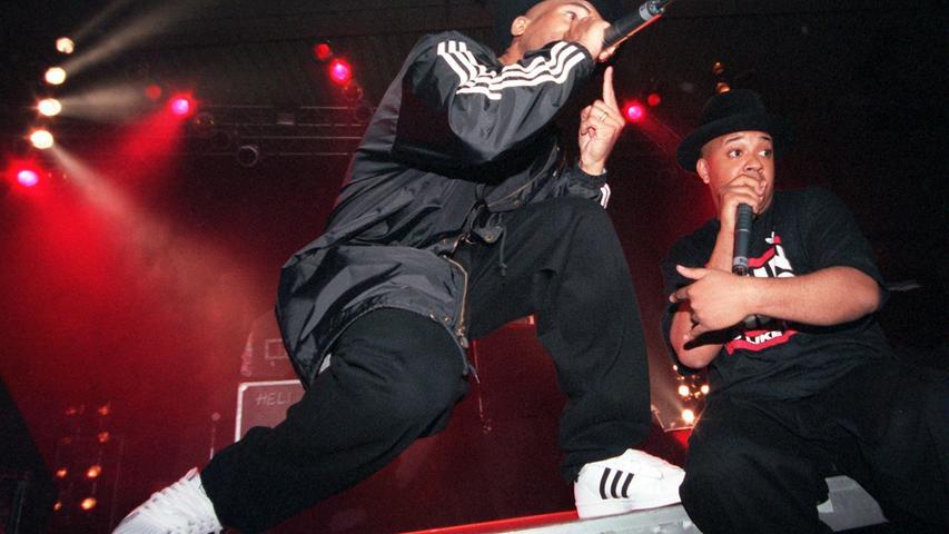 Einen Denkanstoß erhielt die Marketingabteilung von Adidas durch die US-amerikanische Hip Hop Band