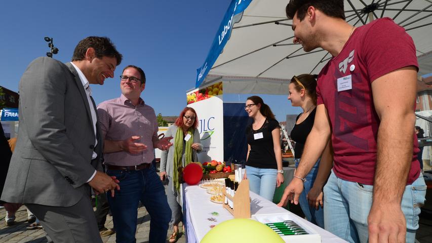 Markttag des Wissens: FAU-Wissenschaftler präsentieren Forschung