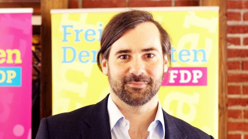 Geschafft: Der FDP-Politiker Sebastian Körber geht als dritter Abgeordneter des Landkreises Forchheim in den Landtag.
