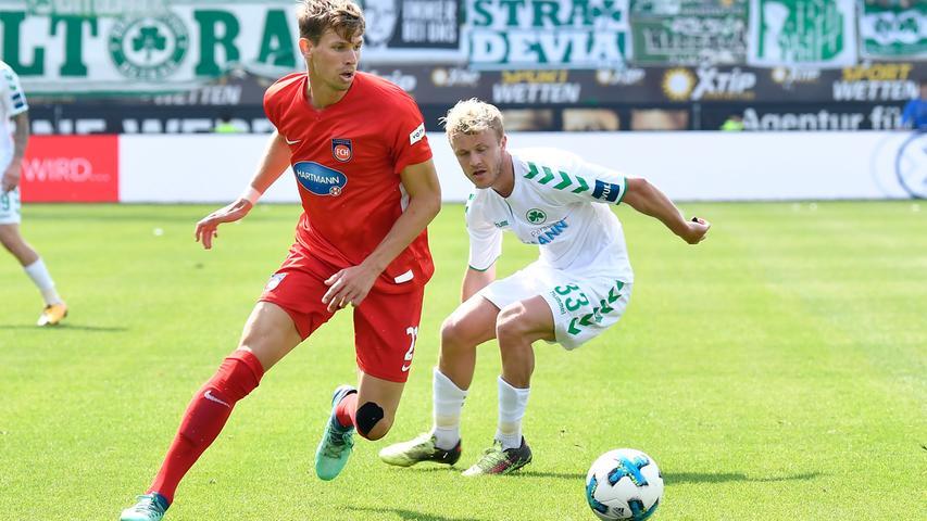 In der Folge hat die Spielvereinigung großes Glück, denn Heidenheim lässt beste Torchancen liegen.