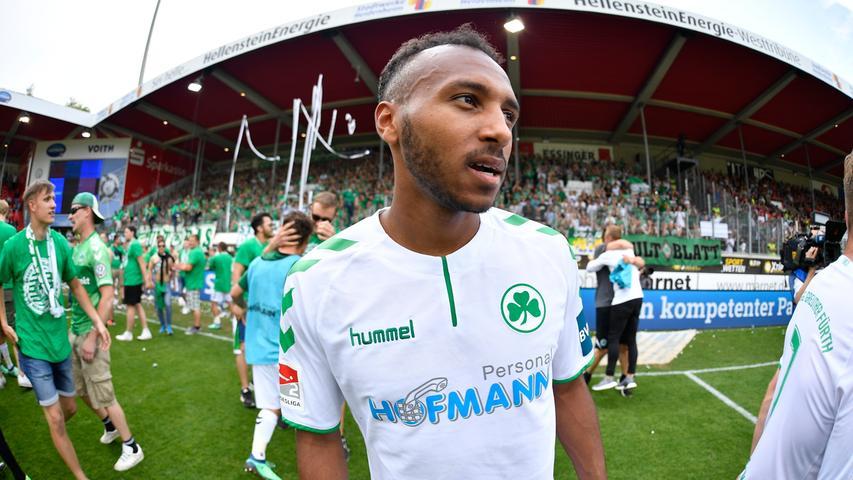 13.05.2018 --- Fussball --- Saison 2017 2018 --- 2. Fussball - Bundesliga --- 34. Spieltag: FC Heidenheim FCH - SpVgg Greuther Fürth ( Kleeblatt ) --- Foto: Sport-/Pressefoto Wolfgang Zink / WoZi --- ....Julian Green (8, SpVgg Greuther Fürth ) nach Spielende
