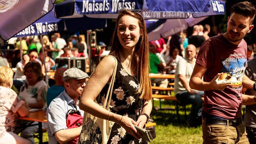 RESSORT: Pegnitz B1a Lokales..FOTO: HvD..MOTIV: Achter Pegnitzer Bratwurstgipfel am Wiesweiher, 13. Mai 2018