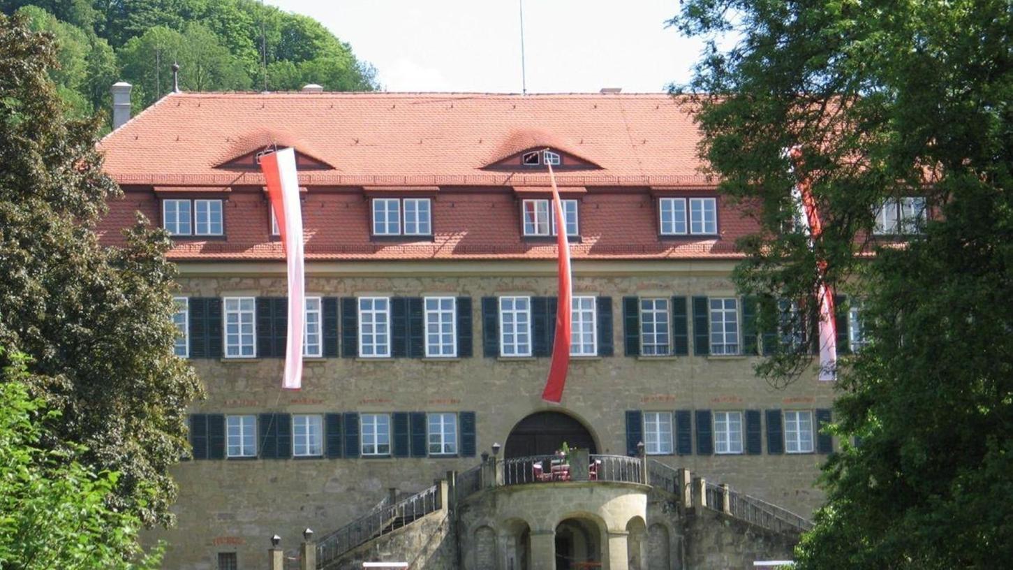 Blick auf den Stammsitz der Privatbank im unterfränkischenCastell (Landkreis Kitzingen).
