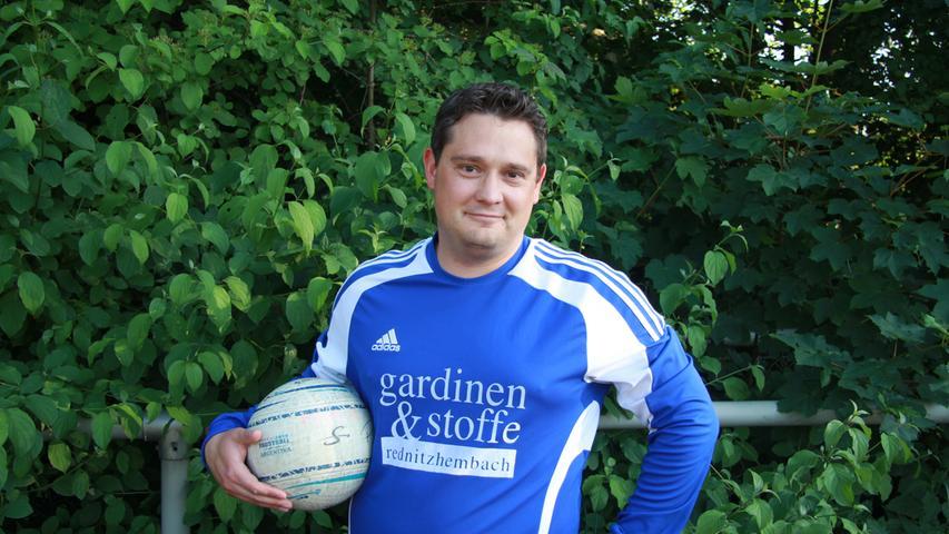 Foto: Dominik Mayer Motiv: Eindrücke vom Faustball Training des TV 1848 Schwabach, Porträt Andreas Falk, Mai 2018