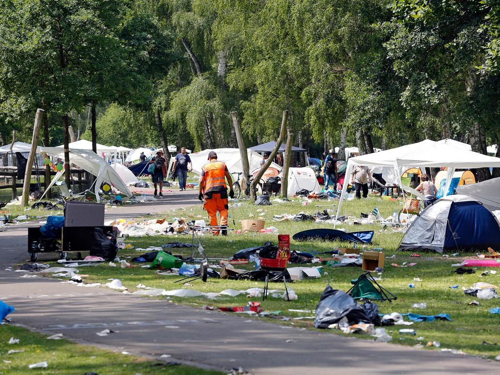 RESSORT: Lokales..DATUM: 04.06.18..FOTO: Michael Matejka ..MOTIV: Abreise und Müll Rock im Park..ANZAHL: 1 von 40..