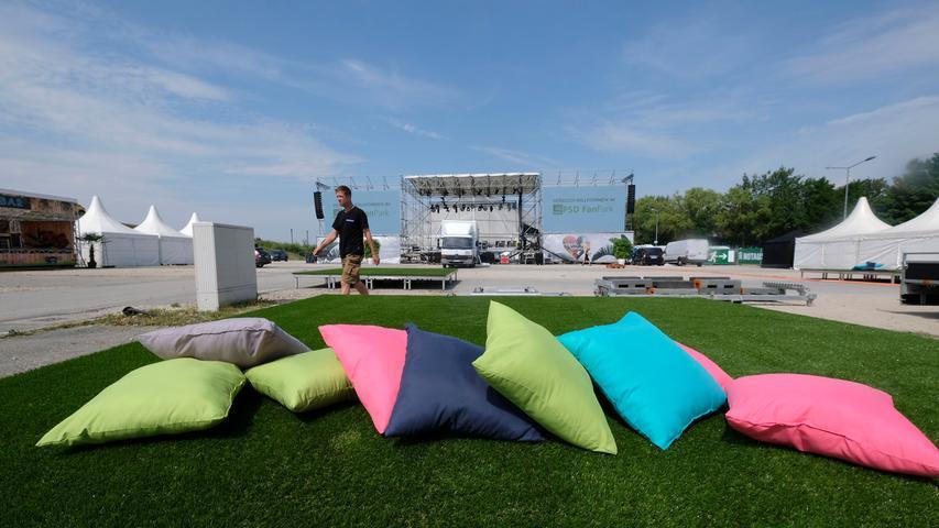 Super-Party-Sommer! Aufbau des Festival-Geländes am Airport Nürnberg