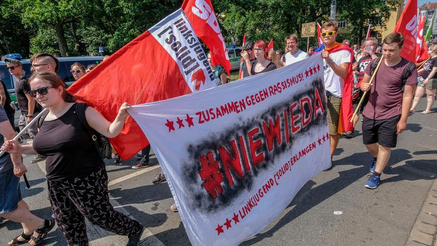RegBy.Motiv: Gegendemo zum AfD Parteitag; Platz der Opfer des Faschismus.Foto: Guenter Distler.